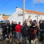 """Los """"últimos"""" de Las Tiñosas desafían la orden de derribo y piden que el poblado sea declarado Bien de Interés Cultural"""