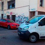 Quejas por el césped, accesos al centro de salud y alcorques en el Torreón