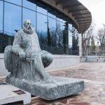 El basamento y los bajorrelieves del monumento a Cervantes están también en el Museo del Quijote