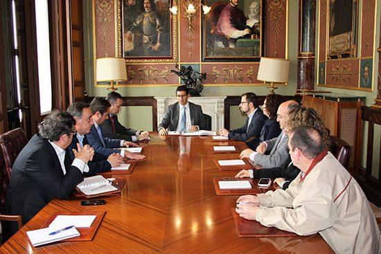 reunión-con-presidente-de-la-Diputación-
