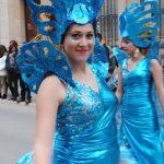 Valdepeñas: 'Las máscaras' de CartonySilicona de Infantes, primer premio del XXXVI Concurso Regional de Carrozas con Comparsa