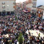 """Calzada se dispone a vivir su multitudinario y singular """"Juego de las Caras"""" este Viernes Santo, de Interés Turístico Nacional"""