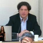 Pleno en OK Corral: Pedro Fernández no da tregua a su excompañero de Ciudadanos