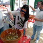 Valverde: El bombazo convida a limoná y puñao junto a la cruz de mayo