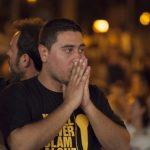 José Flores abre con versos las fosas comunes y se lleva el Slam Poetry por aclamación