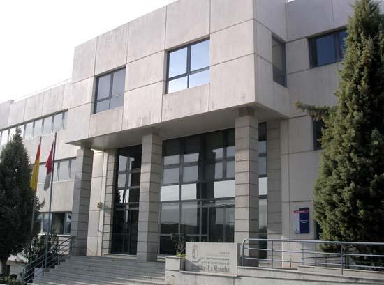 Toledo, 27-12-2007.- Imagen de la fachada principal de la Consejería de Administraciones Públicas. (Foto: JCCM)