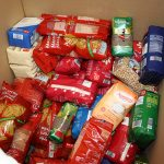 Comienza el reparto de 221.000 kilos de comida procedentes de la Unión Europa y del Banco de Alimentos