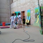 Los alumnos del CEIP Don Quijote sorprenden en su exhibición de fin de curso con un teatro de niños y perros