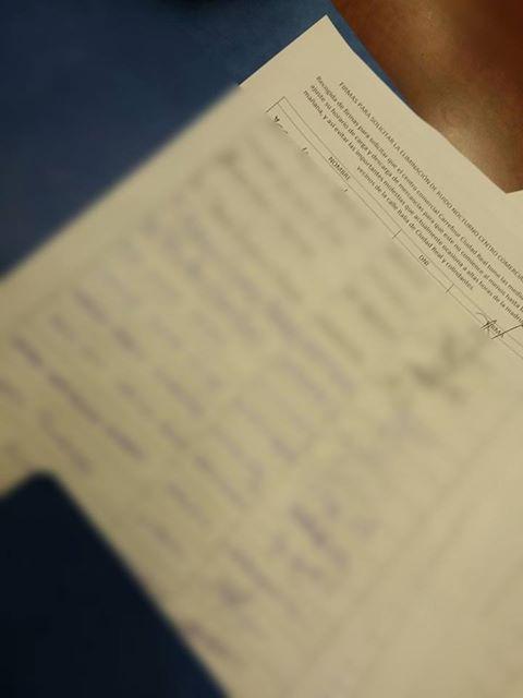 Detalle de una hoja de firmas