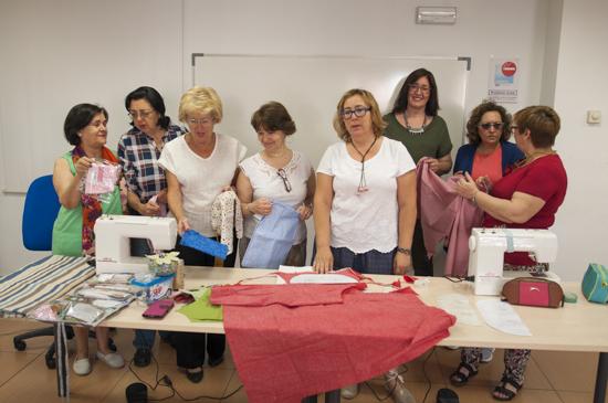 Participantes del taller de moda y diseño