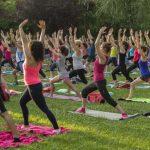 Equilibrio para cuerpo y mente en el Parque Pozo Norte: Gran éxito de la jornada de Ishvara Yoga Puertollano