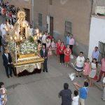 La bandera tremoló por vez primera ante la Virgen del Carmen, patrona de Almodóvar