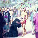 Desde que un junio tornose julio la escena conmemora, la medicina es igual para todos y los santos son decapitados