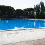 Ciudad Real: La piscina está llena y probada, pero no se abrirá hasta que la obra de la playa, aún sin adjudicar, esté terminada