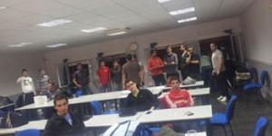 Encierro de los alumnos de Virtus en noviembre de 2011 (archivo)