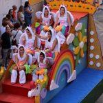 San Juan de Ávila y las carrozas hacen convivir la solemnidad y lo lúdico en las calles de Almodóvar