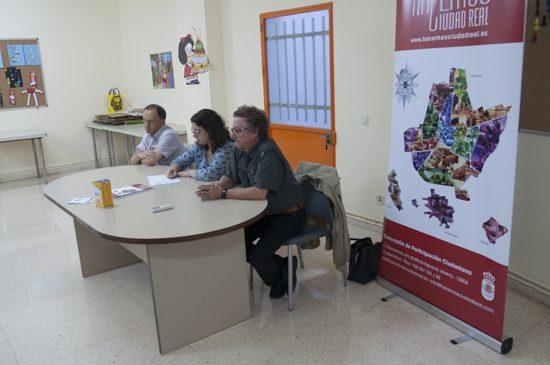 asamblea con vecinos Puerta de Toledo 2