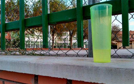 botellon-colegios