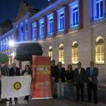 El Club Rotario de Ciudad Real ilumina el Palacio de la Diputación provincial con los colores de la polio en el día mundial contra esta enfermedad