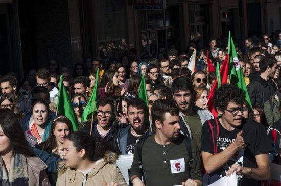 Manifestación estudiantil financiación UCLM - 13