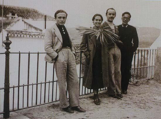 Miguel Prieto, Quinín García, Bernabé Fernández-Canivell y Emilio Prados; en-Velez Málaga.1934. En Conociendo a Miguel Prieto. Ciudad-Real, 2007.
