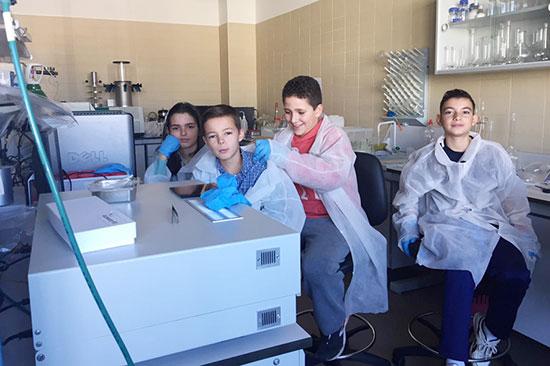 Jóvenes-investigadores