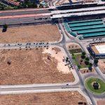 Ciudad Real: El Ayuntamiento negociará con una entidad bancaria la adecuación de unos terrenos de la zona del AVE como aparcamiento disuasorio