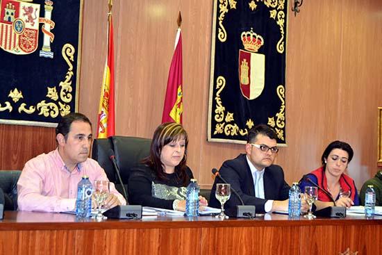 villarrubia pleno 2 habla alcaldesa y esta la concejal Hacienda