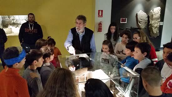Lección de historia a cargo de José Lorenzo Sánchez Meseguer