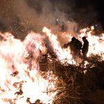 Comsermancha solicita extremar la precaución al deshacerse de los restos de las Hogueras de San Antón