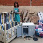 Malagón: Una segunda oportunidad para los muebles antiguos, en la manos de Leticia Expósito