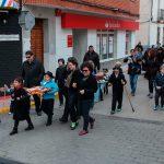 Los dolientes porzuniegos velan a sus fallecidas sardinas en el último día de Carnaval