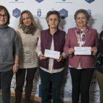 La Asociación de Dulcineas entrega 3.200 euros a AMUMA y AFANION por la Gala del 50 aniversario