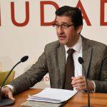 Caballero pide a los alcaldes de Brazatortas y Cabezarrubias que se sumen a la petición de la retirada del techo de gasto para que se pueda arreglar la carretera