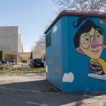 Gela López embellece con grafitis dos casetas eléctricas próximas a la Biblioteca de Ciudad Real