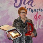 Mari Moraleda recibe el Premio Mujer Daimiel 2018 y el cariño de su familia y asociación