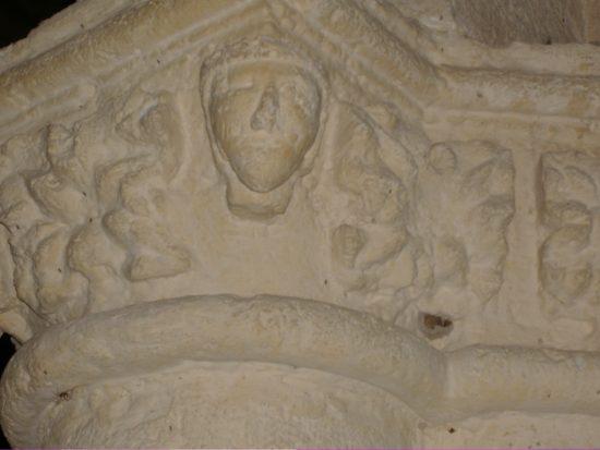 Cabeza románica
