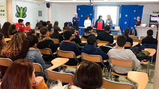 Carmen-Pimienta-en-taller-'Educar-para-prevenir'-1