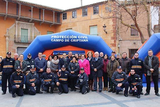 Olmedo-entrega material Protección Civil1