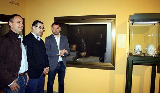 TERRINCHES_Entrega joyas Museo2