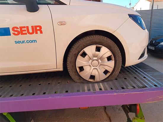 coches-ruedas-rajadas-1