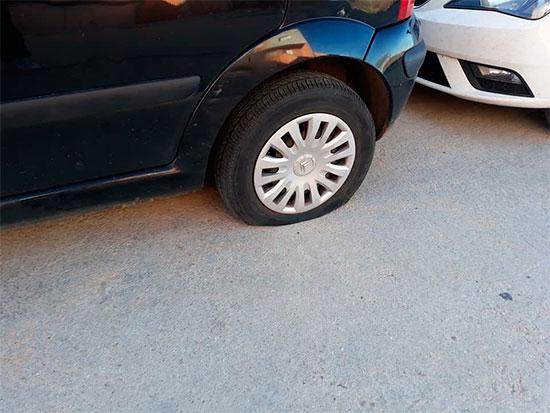 coches-ruedas-rajadas-3