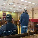 El acusado de tres robos por alcantarillazo en Puertollano acepta una pena de dos años y medio de cárcel por uno de los delitos