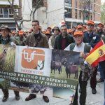 Concentración cazadores plaza Cervantes - 3