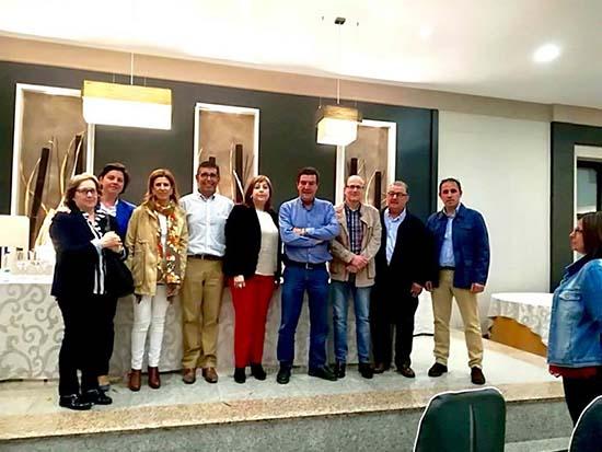 villarrubia juez con alcaldesa, concejales y otros vecinos