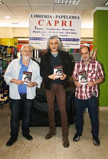 Javier Márquez en librería Capri
