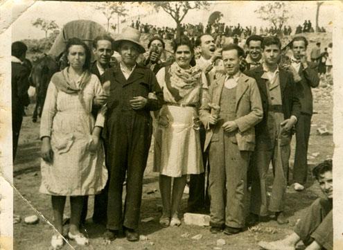La romería de Alarcos en los años 30, foto cedida al autor por Doña María de las Nieves Mohíno Serrano