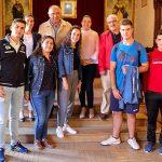 El duque de Westminster paga un viaje a Irlanda a seis estudiantes almodovareños para aprender inglés