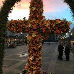Florecen las cruces de mayo por la capital
