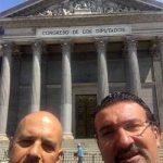 """""""No son conscientes del problema"""": La Asociación Nacional de Interinos y Laborales se reúne en el Congreso de los Diputados con los grupos políticos"""